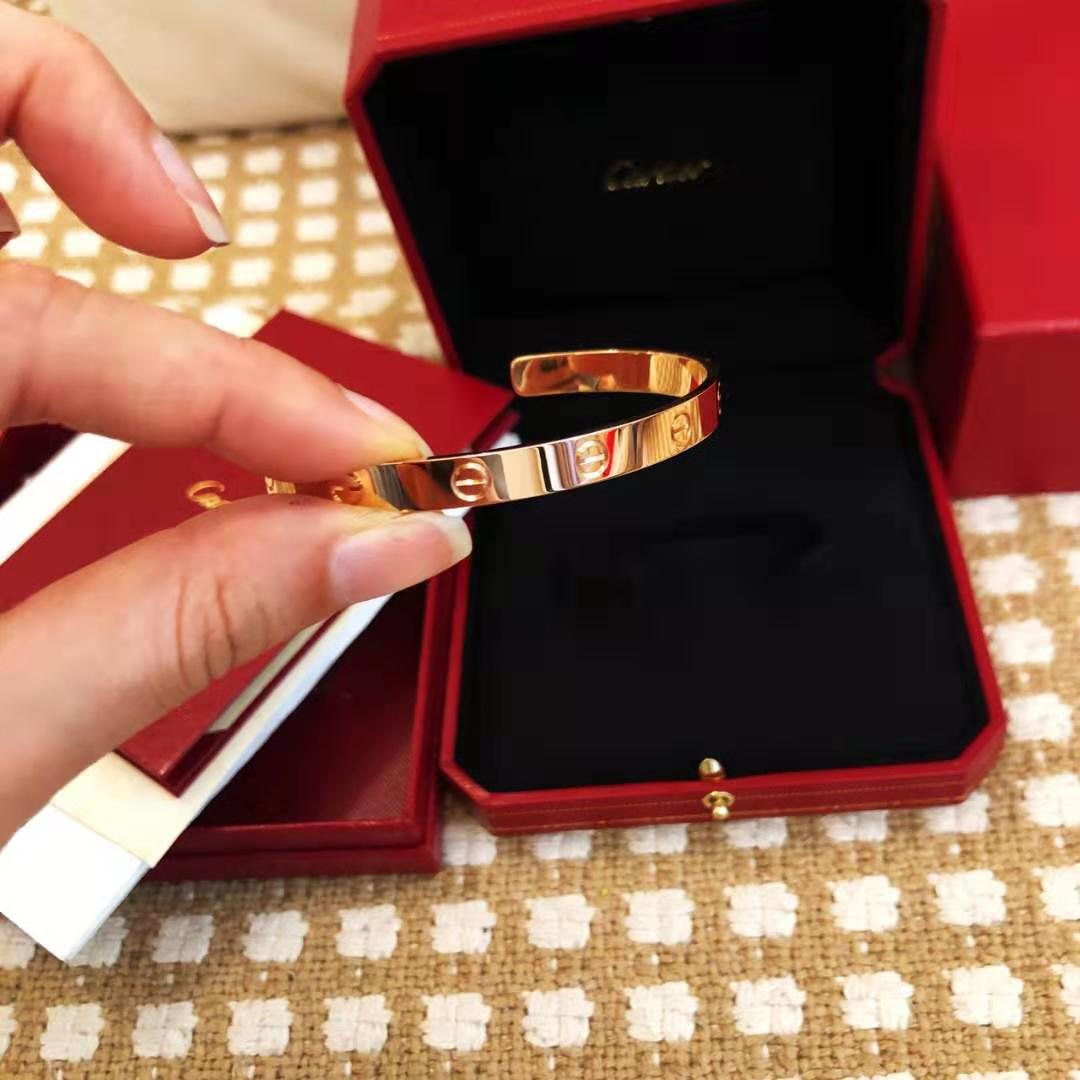 fake Cartier love half bracelet 18k gold