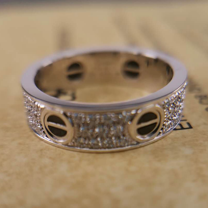 replica Cartier love ring ceramic